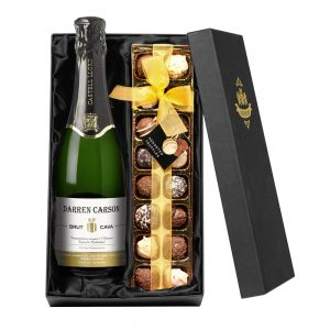 Personalised Cava & Chocolates Gift Set