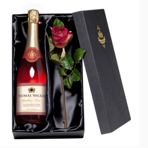 Personalised Sparkling Rose Wine Gift Set
