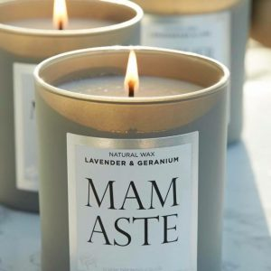 Mamaste – Lavender and Geranium Candle