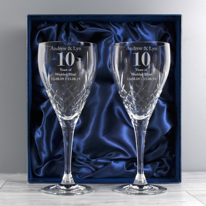 Personalised Anniversary Pair Of Crystal Wine Glasses Gift Box Love My Gifts