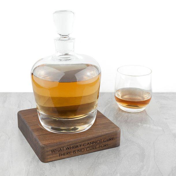 Personalised LSA Whisky Decanter & Walnut Base