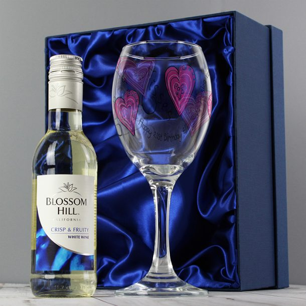 Personalised Love & Kisses White Wine Set