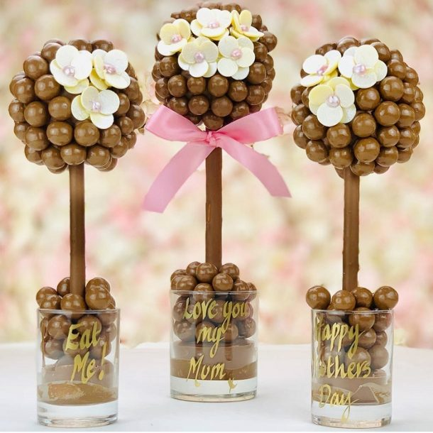 Personalised Malteser & Daisy Sweet Trees