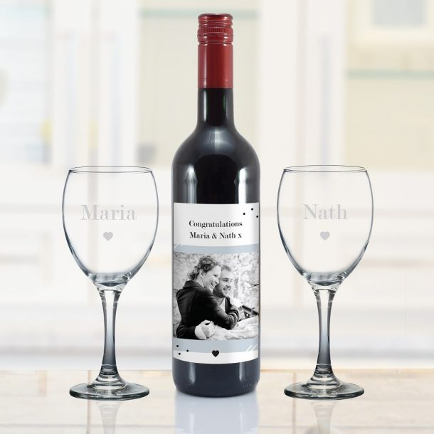 Personalised Photo Upload Red Wine Gift Set