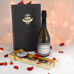 Personalised Valentines Prosecco & Chocolates