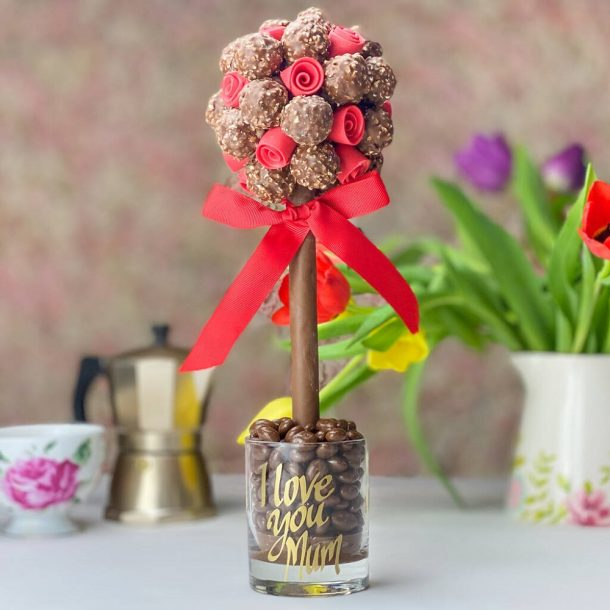 Personalised Ferrero Rocher With Edible Red Roses Sweet Trees