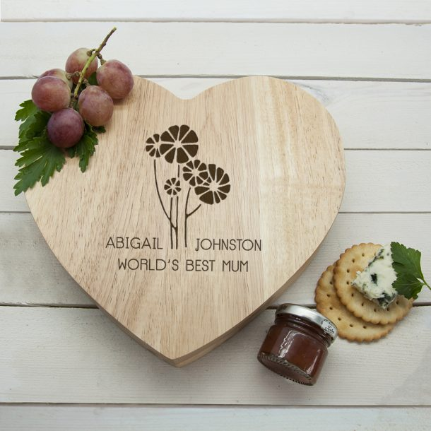 Personalised Worlds Best Mum with Daisy Flowers Heart Cheese Board