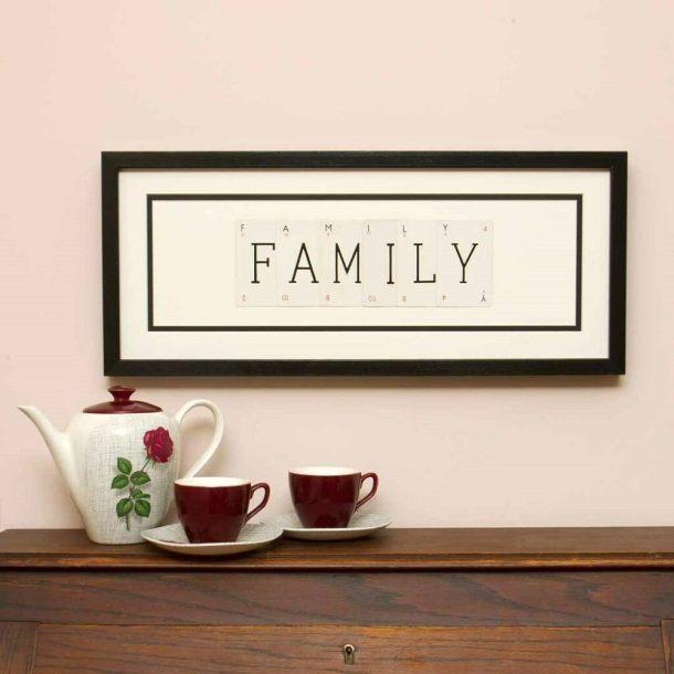 Family Vintage Card Frame