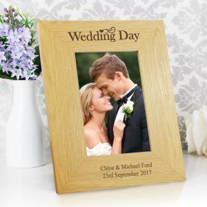 Personalised Wedding Day 4x6 Oak Finish Photo Frame