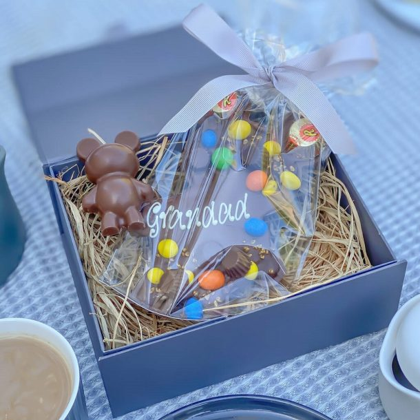 Personalised Nutty Loaded Papa & Baby Bear